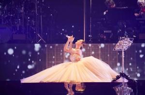 浜崎あゆみ、20周年記念ツアーファイナル公演の模様が独占放送.jpeg