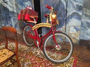 安室奈美恵クリスマスウィッシュのMVで使用された自転車.jpg